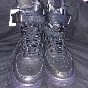 Nike Air Force 1 Woman's Casual Boot